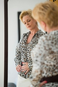 Lady in mirror